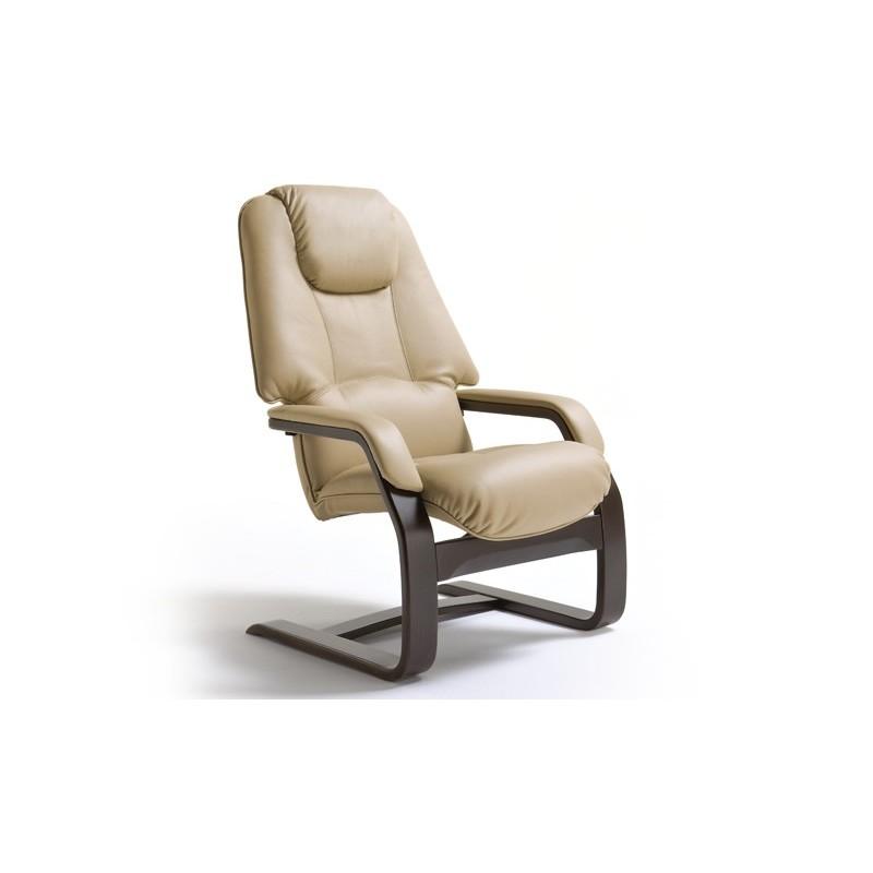 Butaca de madera en piel butaca reclinable de dise o for Butacas descanso